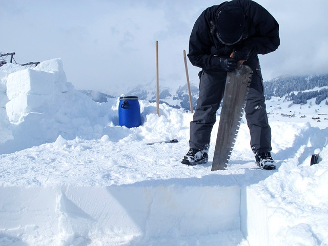 Team Building Games | Building an Igloo | Conray ch