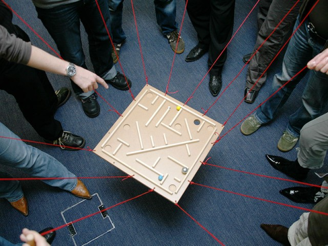 Team Building Indoor | Challenging Team Games | Conray.ch